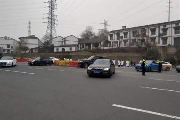 武汉市部分出城高速关闭途径车绕行